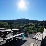 Terrasse au premier étage Gîte d'étape et de séjour la Draille en Lozère, Meyrueis